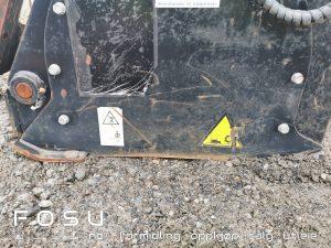 Single depth planer for excavator