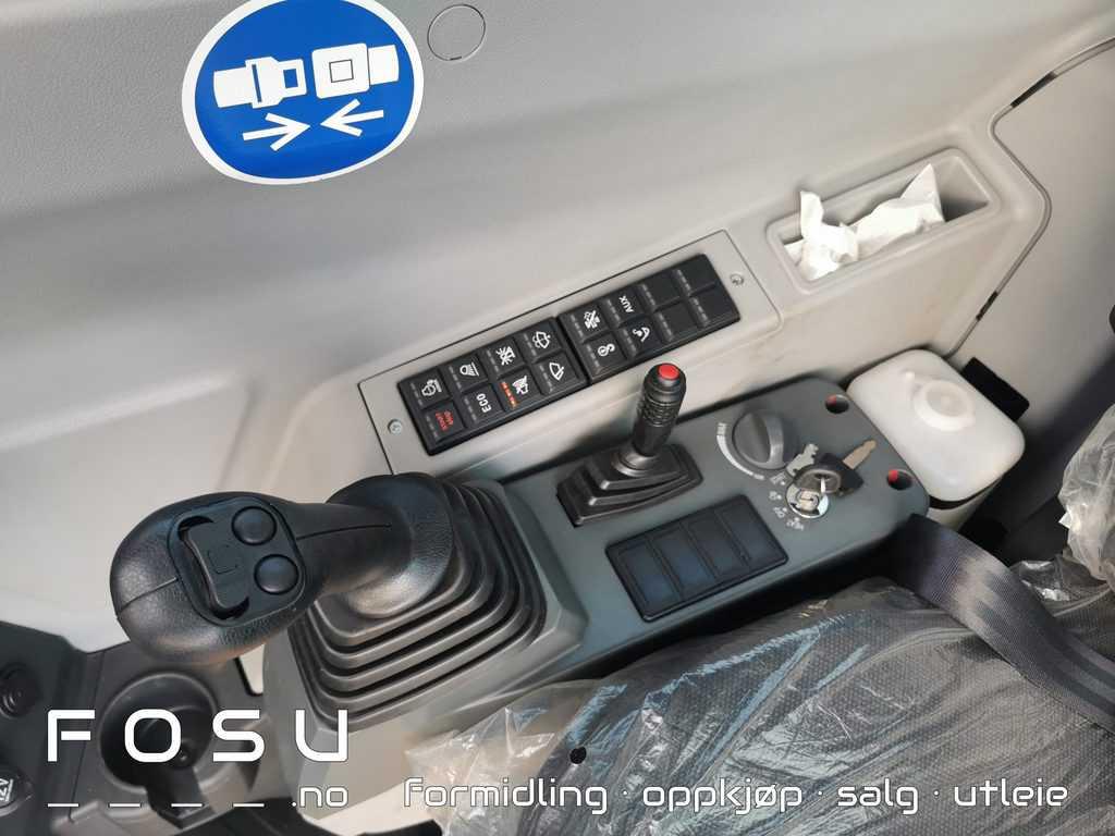 SY80U kontrollpanel, manøverhendel høyre side